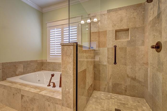 Odwodnienia liniowe w łazience – czy to dobry pomysł?