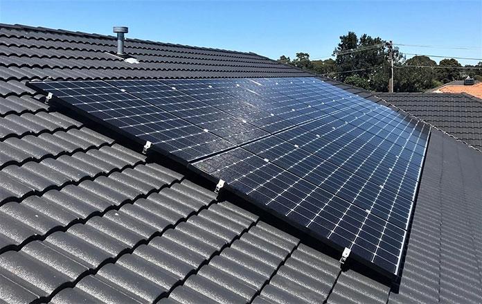 Panele słoneczne i zalety ich stosowania