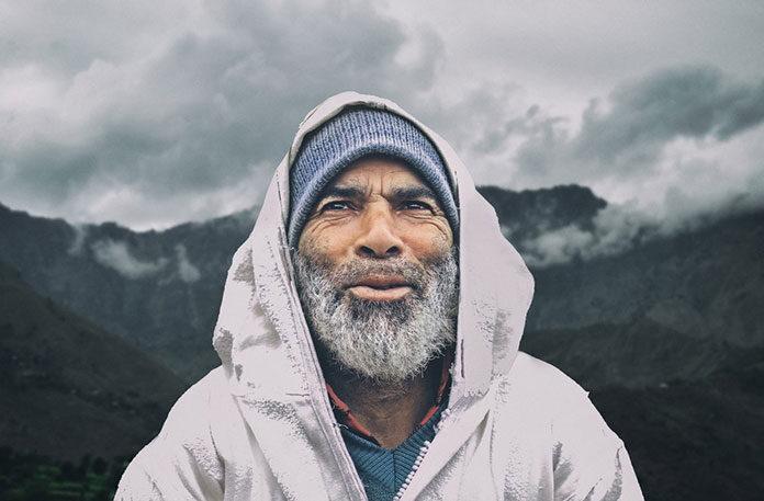 Senior w górach